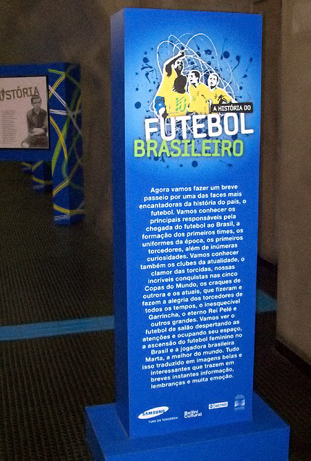 totem-exposicao-futebol
